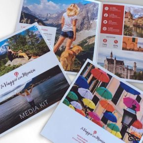 Brochure in viaggio con Monica
